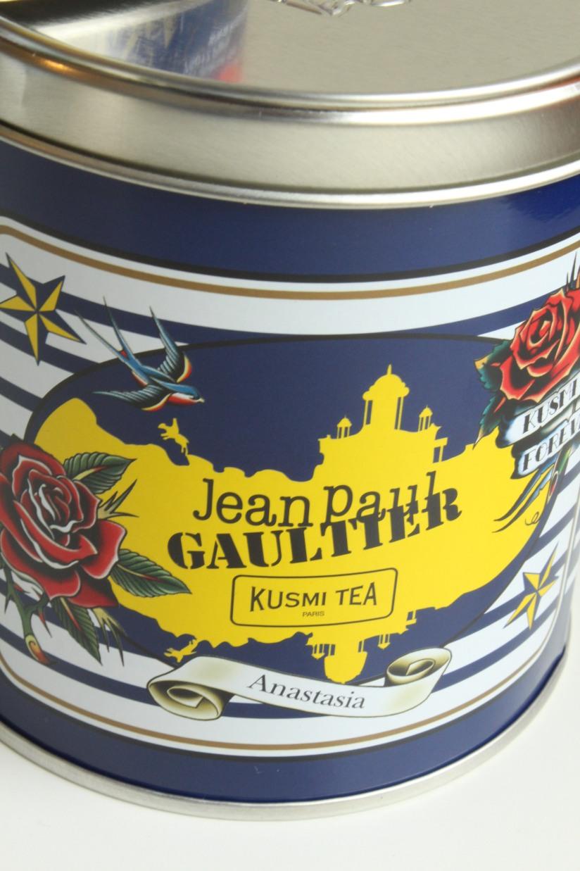 kusmi-tea-the-jean-paul-gauthier-couture-gouter-edition-limitee-expo-grand-palais-paris-prince-vladimir-anastasia-russe-bergamote-agrumes-noir-vrac-boite-fer-5