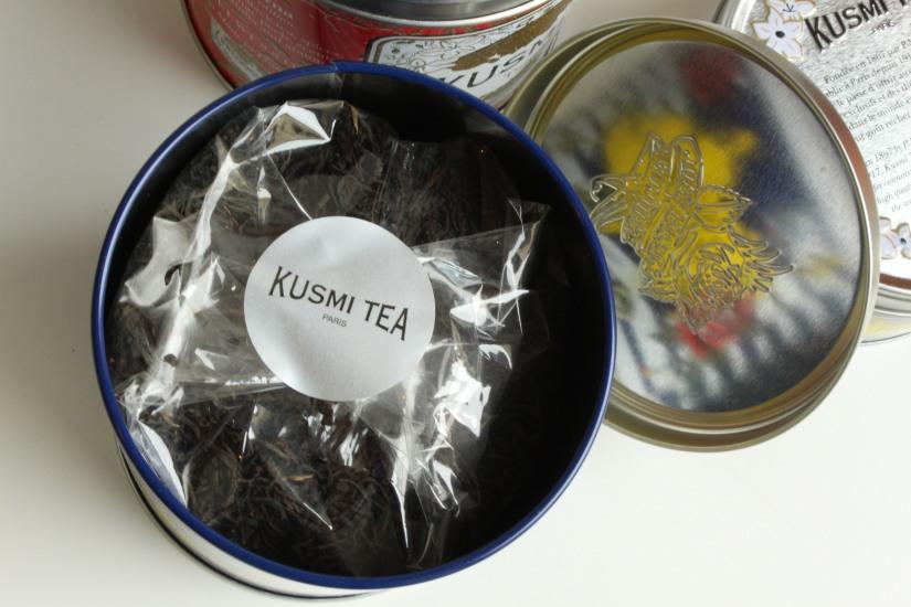 kusmi-tea-the-jean-paul-gauthier-couture-gouter-edition-limitee-expo-grand-palais-paris-prince-vladimir-anastasia-russe-bergamote-agrumes-noir-vrac-boite-fer-7