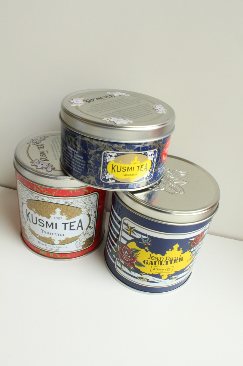 kusmi-tea-the-jean-paul-gauthier-couture-gouter-edition-limitee-expo-grand-palais-paris-prince-vladimir-anastasia-russe-bergamote-agrumes-noir-vrac-boite-fer-noel-tsvarena