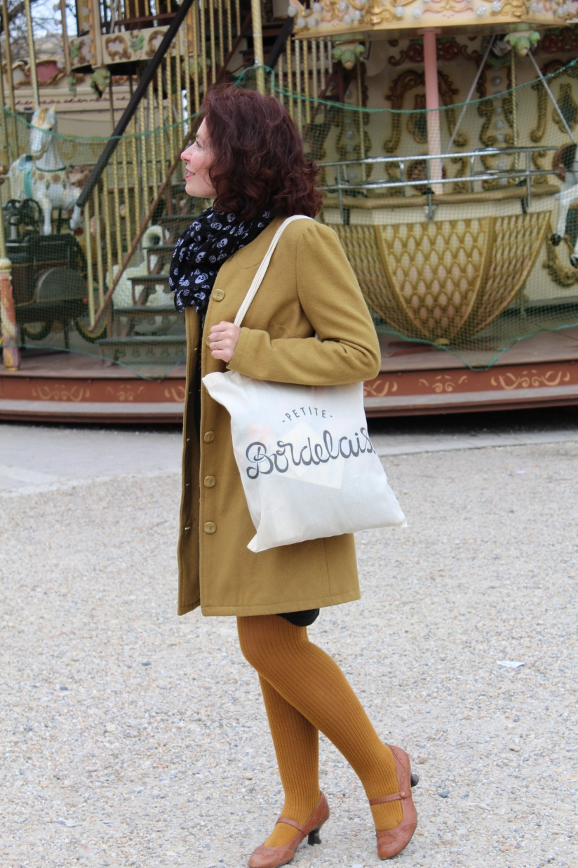 petite-bordelaise-tote-bag-sac-bordeaux-lydie-pteapotes-maman-look-hush-puppies-allees-tourny-manege-1
