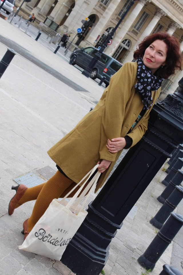 petite-bordelaise-tote-bag-sac-bordeaux-lydie-pteapotes-maman-look-hush-puppies-allees-tourny-manege-grand-theatre-2