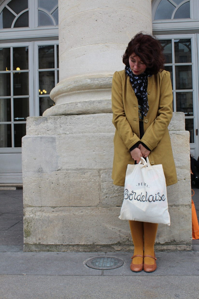 petite-bordelaise-tote-bag-sac-bordeaux-lydie-pteapotes-maman-look-hush-puppies