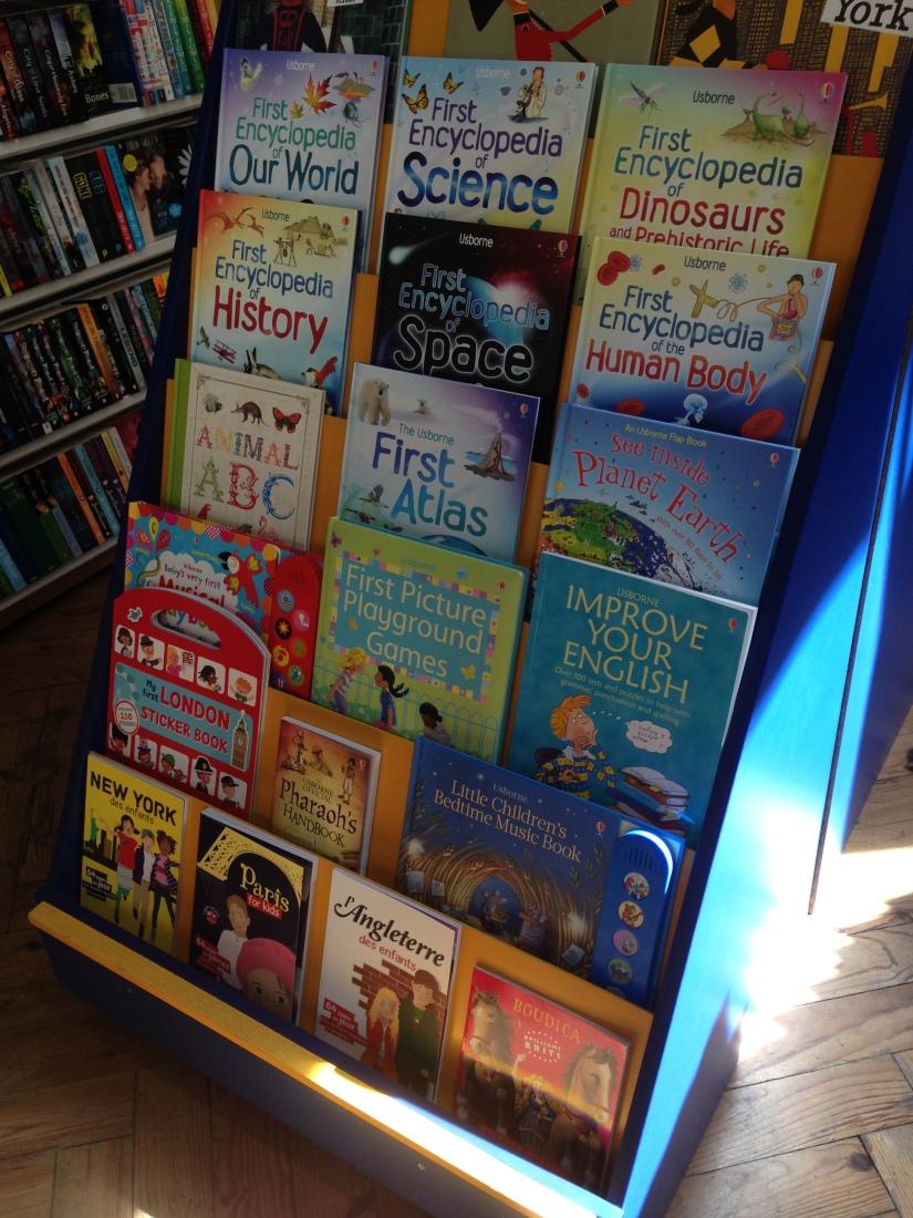 bradley-shop-magasin-librairie-bordeaux-anglais-anglophone-enfant-etudiant-livre-affiche-pteapotes-bookshop