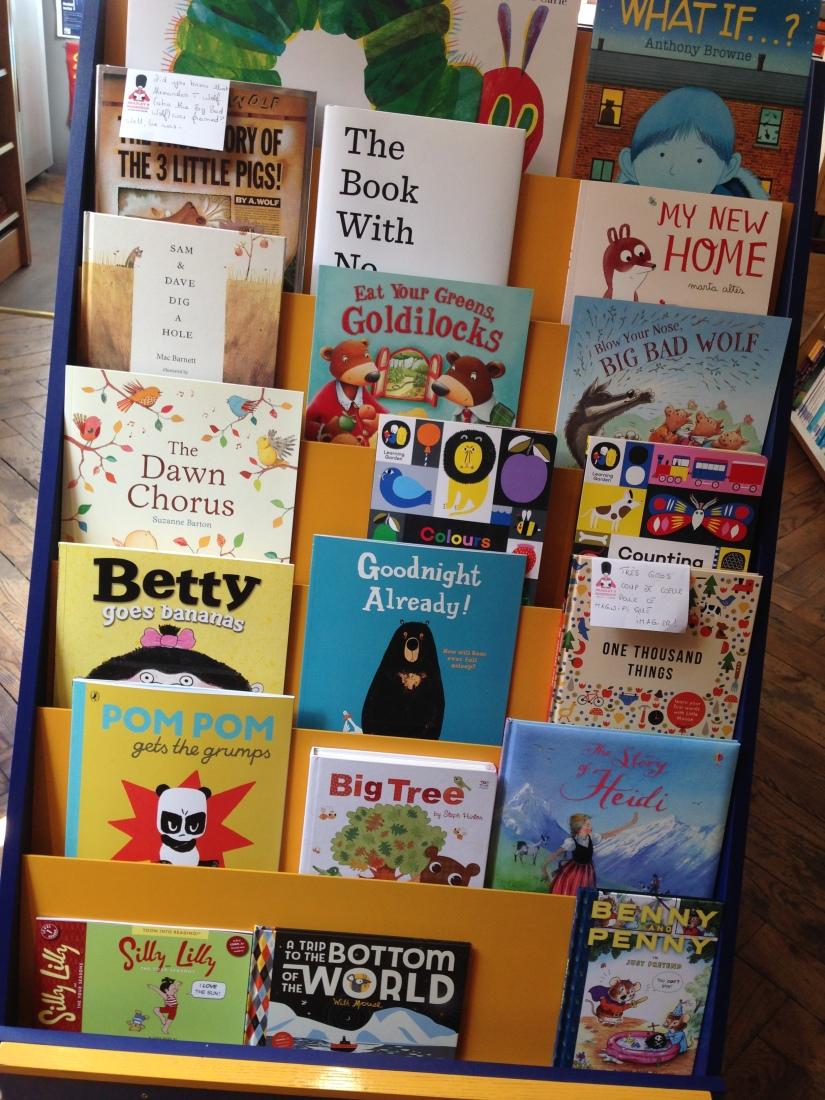 bradley-shop-magasin-librairie-bordeaux-anglais-anglophone-enfant-etudiant-livre-affiche-pteapotes