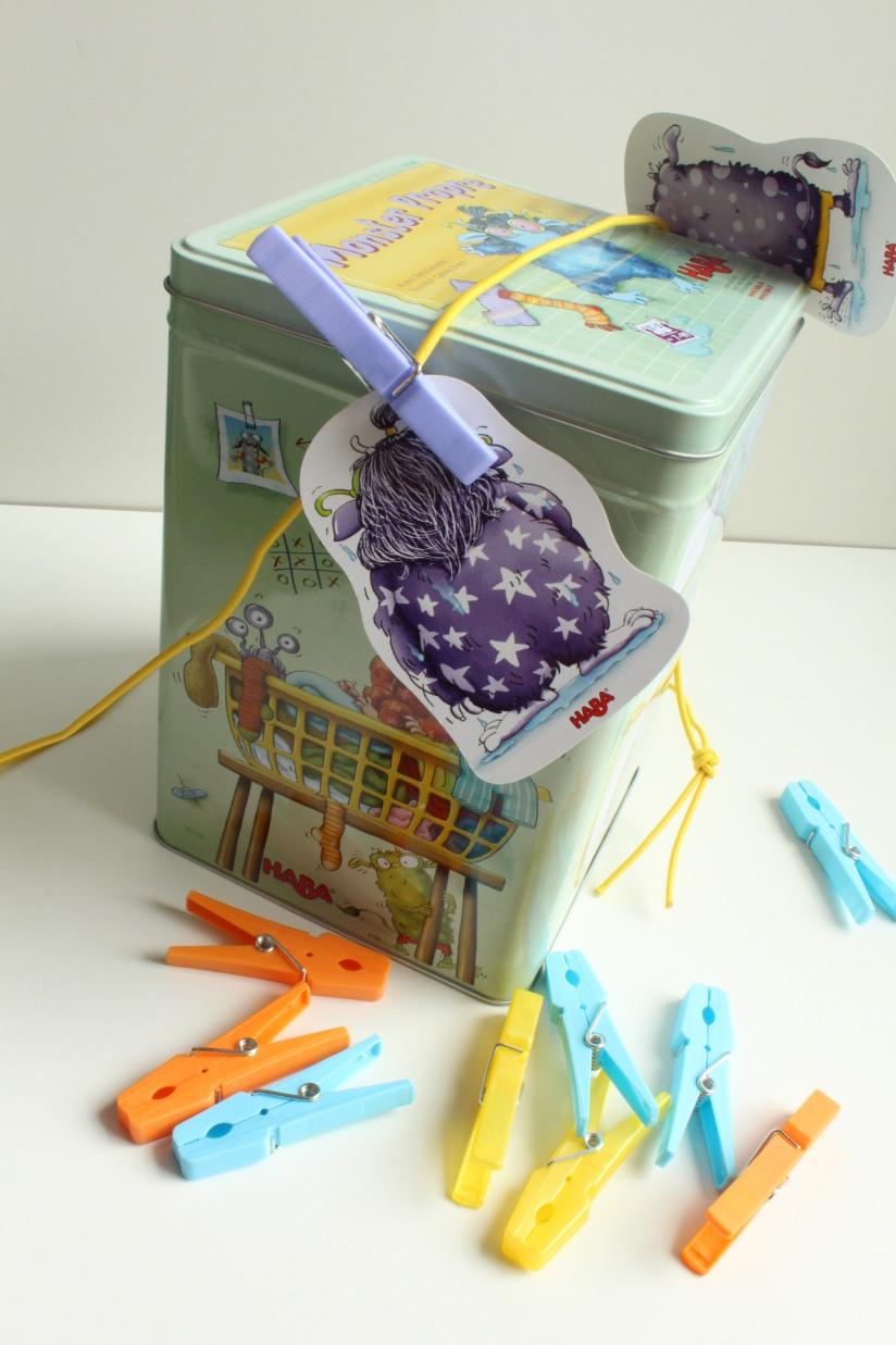 haba-jeu-collectif-monster-propre-linge-lavage-boite-metal-exterieur-enfant-cadeau-idée-anniversaire-groupe-animation-monstre