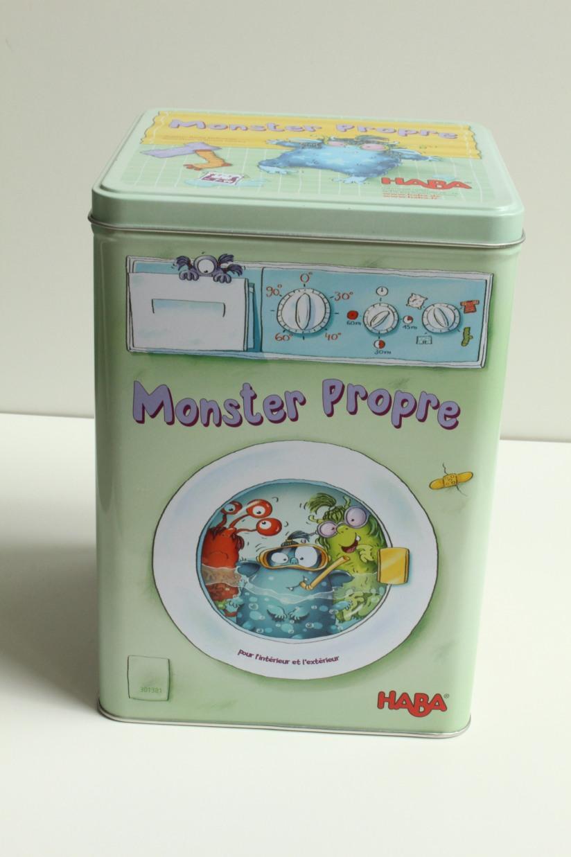 haba-jeu-collectif-monster-propre-linge-lavage-boite-metal-exterieur-enfant-cadeau-idée-anniversaire-groupe-animation