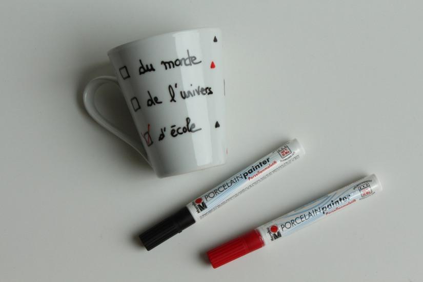 diy-tuto-brico-enfant-fete-papa-pere-maman-mere-mug-deco-peinture-porcelaine-cake-tasse-maitre-maitresse-instit-cadeau-plante-pot-grasses