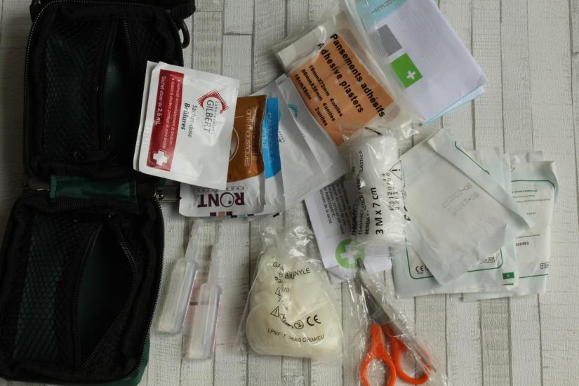 maboxsante-box-sante-medicament-soin-soigner-urgence-necessaire-voyage-kit-bobos-enfant-famille-site-boutique-eshop-detail