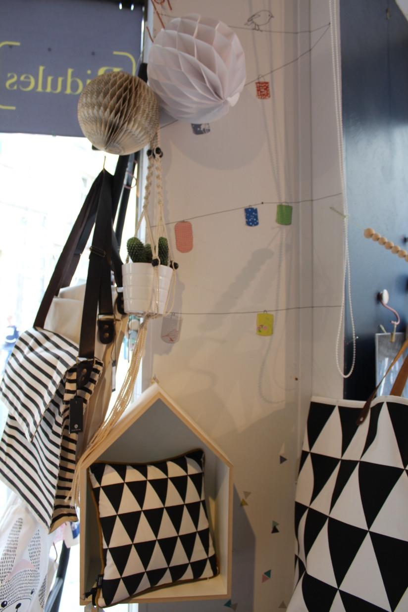 bidules-et-merveilles-boutique-bordeaux-deco-decoration-enfant-bureau-papeterie-vaisselle-coussin-scandinave-kids-objet (11)