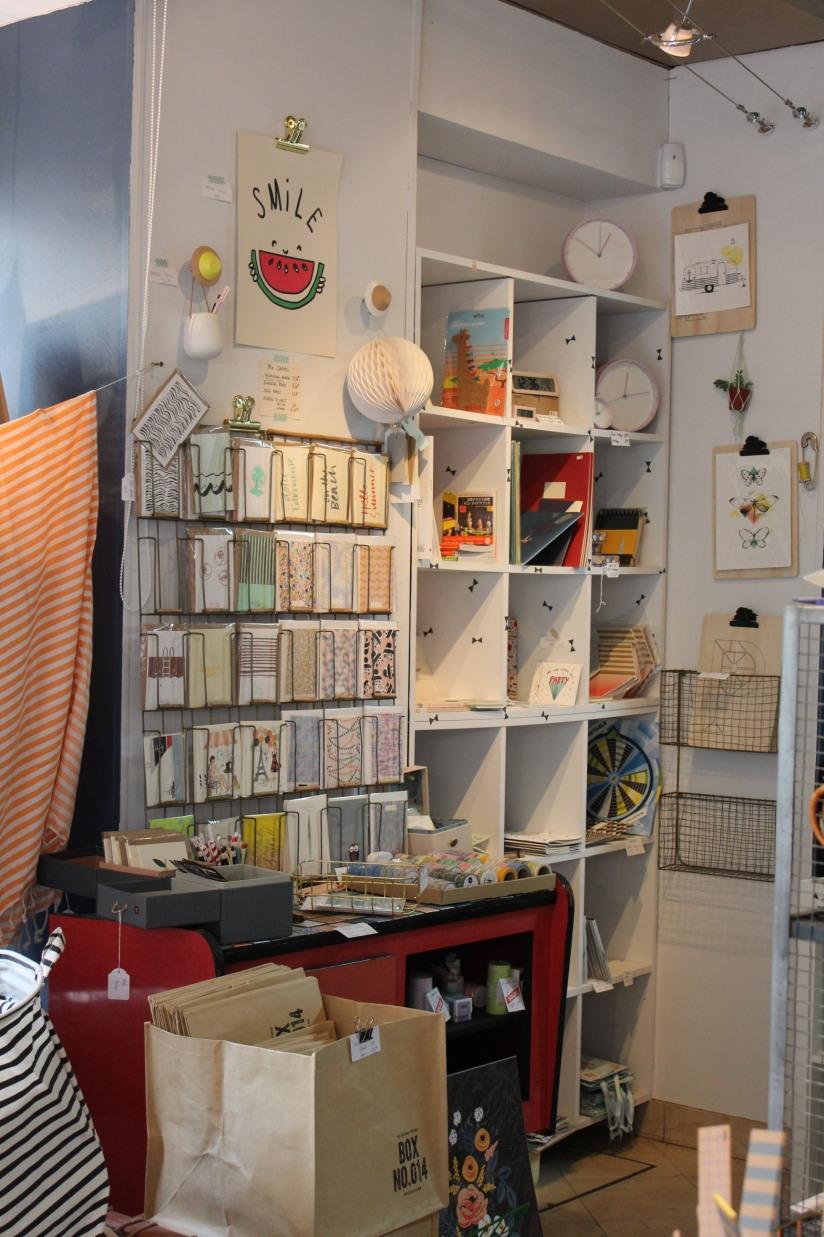 bidules-et-merveilles-boutique-bordeaux-deco-decoration-enfant-bureau-papeterie-vaisselle-coussin-scandinave-kids-objet (6)
