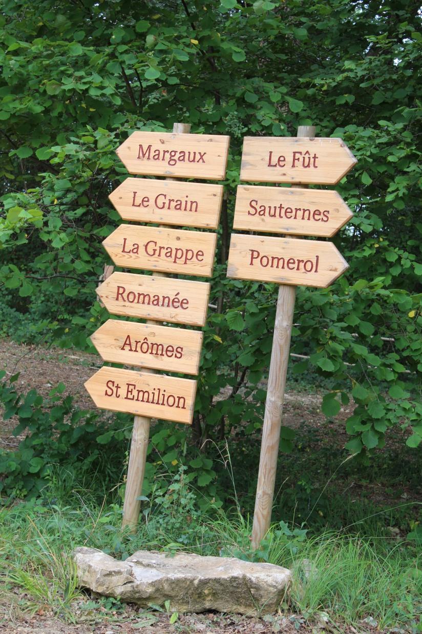 cabane-romaningue-pompignac-bordeaux-tonneau-fut-vin-gironde-visite-nuit-dormir-depaysement-campagne-petit-dej-apero-rouge-famille-enfant