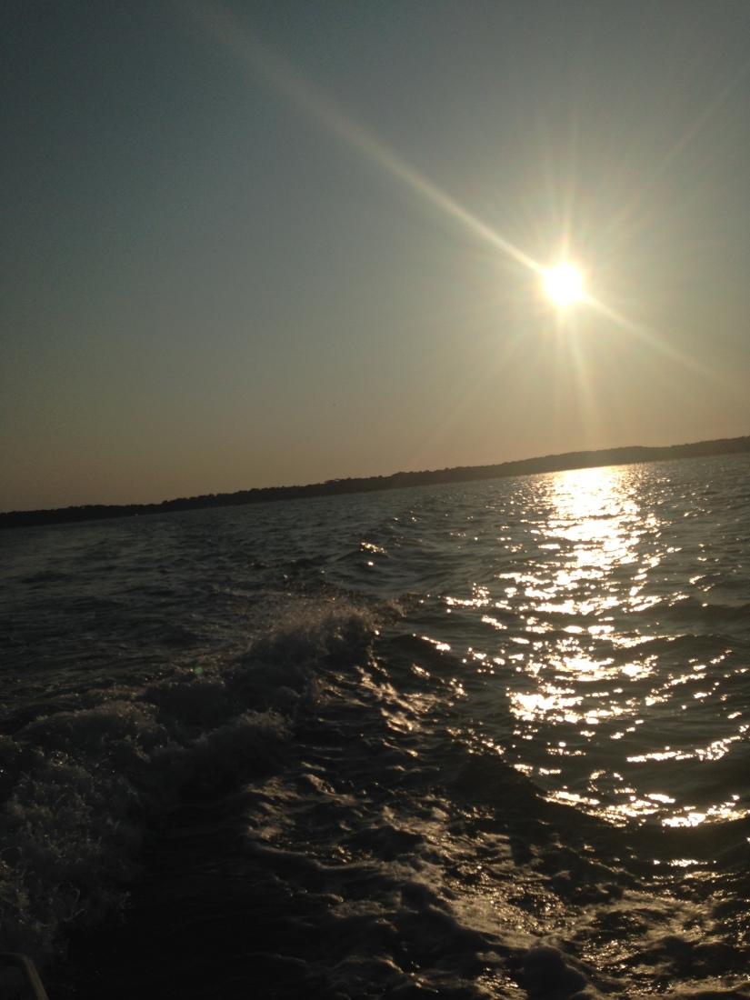 eric-larrarte-cap-ferret-arcachon-bassion-huitres-crevettes-degustation-bateau-ponton-ocean-gironde-aquitaine-atlantique-decouverte-balade-fin-journee