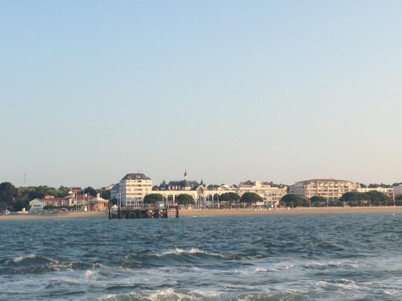 eric-larrarte-cap-ferret-arcachon-bassion-huitres-crevettes-degustation-bateau-ponton-ocean-gironde-aquitaine-atlantique-decouverte-balade-tchanquée