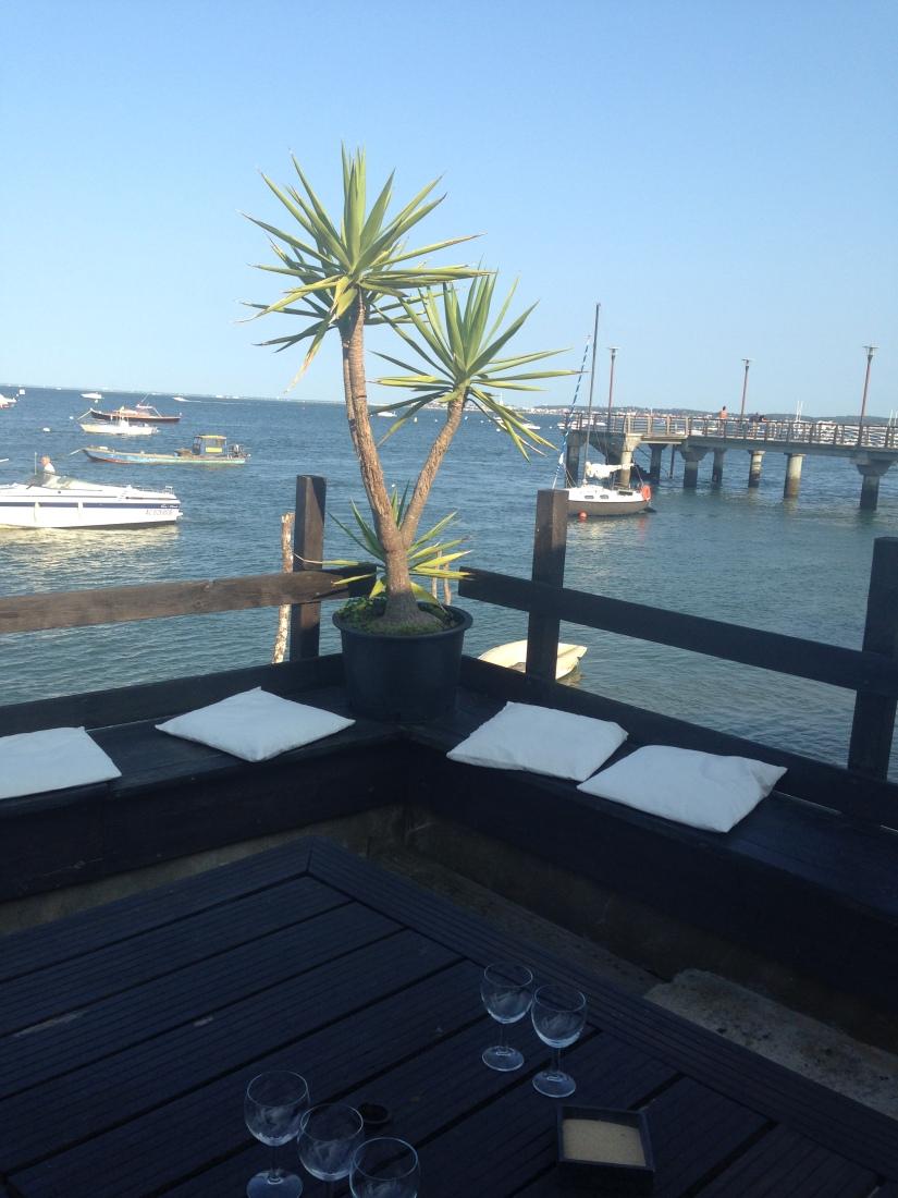 eric-larrarte-cap-ferret-arcachon-bassion-huitres-crevettes-degustation-bateau-ponton-ocean-gironde-aquitaine-atlantique-decouverte-balade-vacances