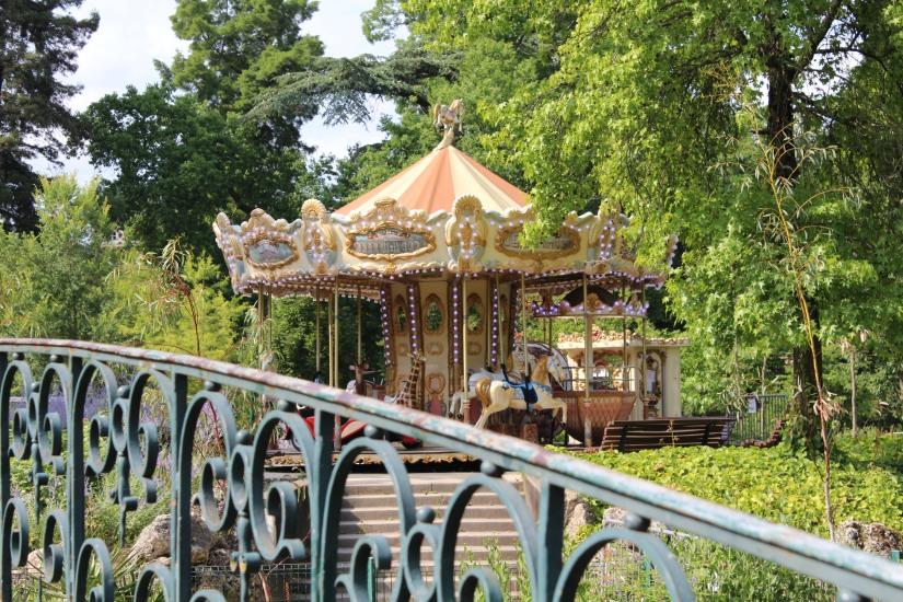 jardin-public-bordeaux-centre-ville-gironde-aquitaine-pont-manege-enfant-jeux-eau-calme-promenade-balade-10