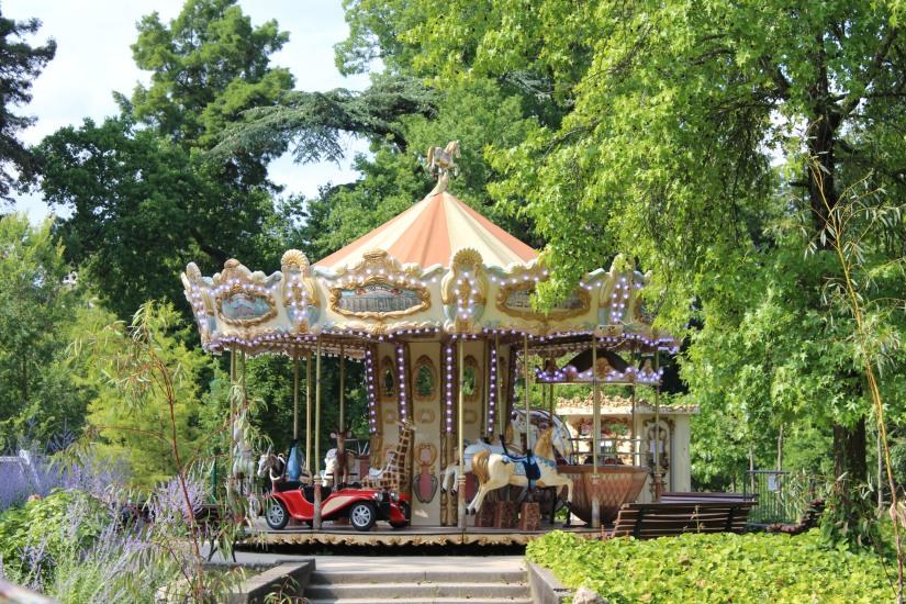 jardin-public-bordeaux-centre-ville-gironde-aquitaine-pont-manege-enfant-jeux-eau-calme-promenade-balade-11