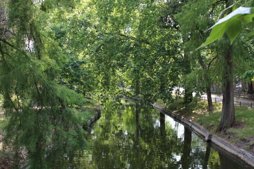 jardin-public-bordeaux-centre-ville-gironde-aquitaine-pont-manege-enfant-jeux-eau-calme-promenade-balade-2