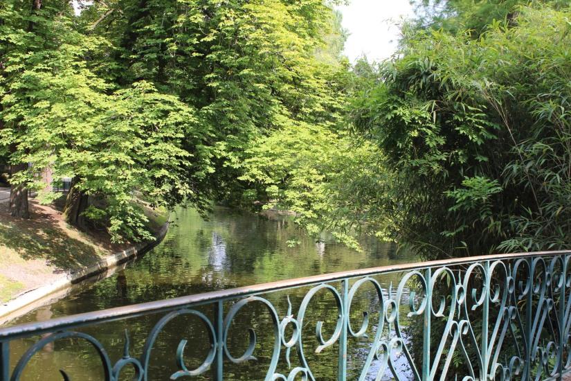 jardin-public-bordeaux-centre-ville-gironde-aquitaine-pont-manege-enfant-jeux-eau-calme-promenade-balade-4