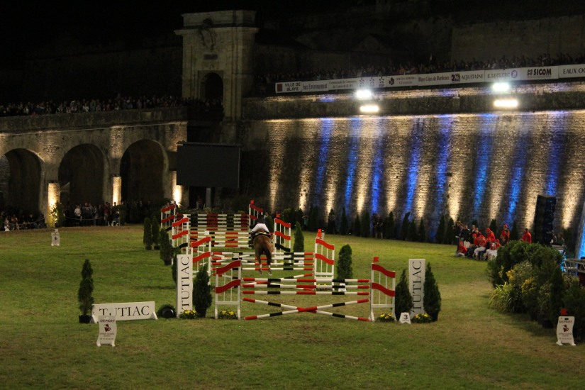 jumping-blaye-bordeaux-equitation-equestre-competition-cheval-chevaux-cavalier-citadelle-gironde-visite-11