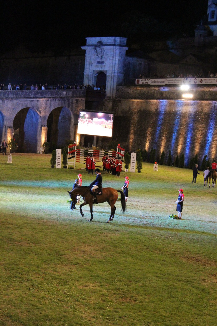 jumping-blaye-bordeaux-equitation-equestre-competition-cheval-chevaux-cavalier-citadelle-gironde-visite-12