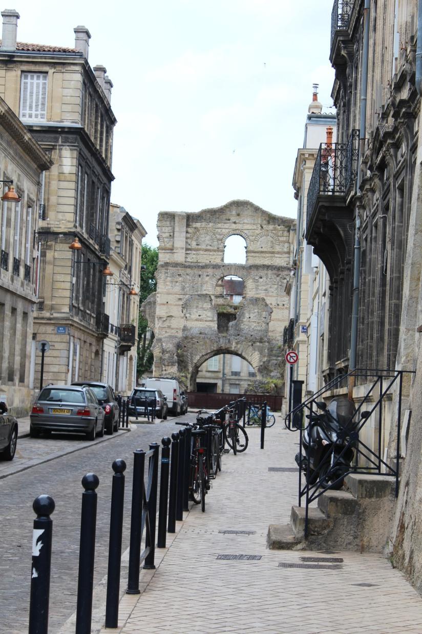 palais-gallien-romain-rome-bordeaux-histoire-patrimoine-monument-burdigala-decouverte-visite-ruine-pierre-centre-ville-2
