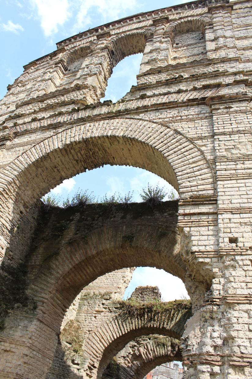 palais-gallien-romain-rome-bordeaux-histoire-patrimoine-monument-burdigala-decouverte-visite-ruine-pierre-centre-ville-3