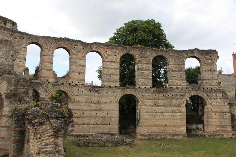 palais-gallien-romain-rome-bordeaux-histoire-patrimoine-monument-burdigala-decouverte-visite-ruine-pierre-centre-ville-gironde