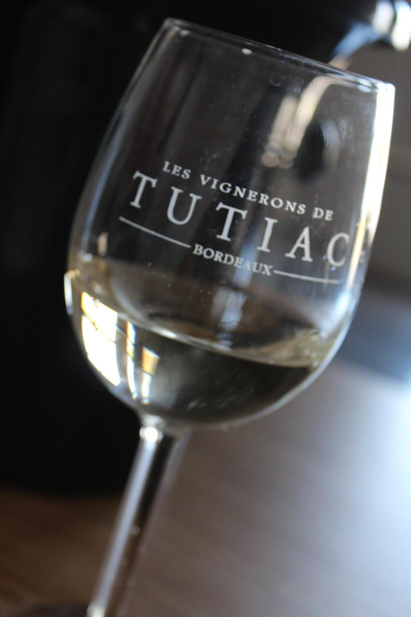 vignerons-tutiac-vin-cotes-blaye-rouge-rose-blanc-vigne-verre-degustation-oenotourisme-oenologie-decouverte-visite-chai-cuves-121