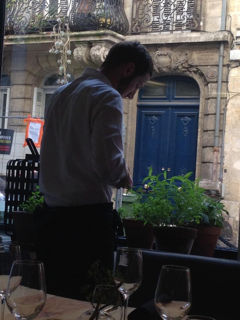 cote-rue-restaurant-bistrot-gastronomique-bordeaux-amoureux-amis-duo-cuisine-moderne-nouveau-deco-aromatique