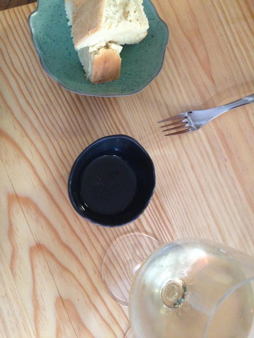 cote-rue-restaurant-bistrot-gastronomique-bordeaux-amoureux-amis-duo-cuisine-moderne-nouveau-deco-pain