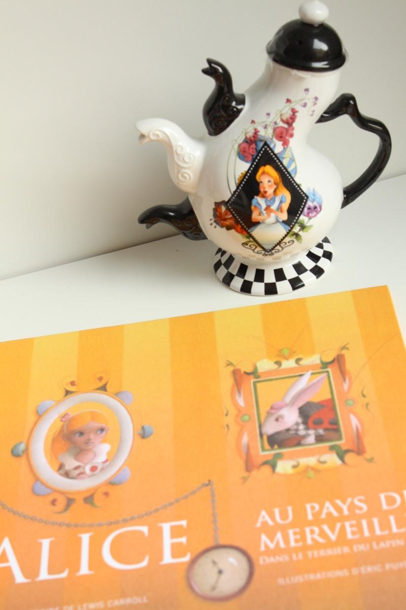 classique-litterature-jeunesse-nathan-seuil-delamartiniere-segur-alice-fable-lafontaine-merveilles-malheur-sophie-livre-lecture-enfant-illustration-moderne-pop-up-couleur (6)