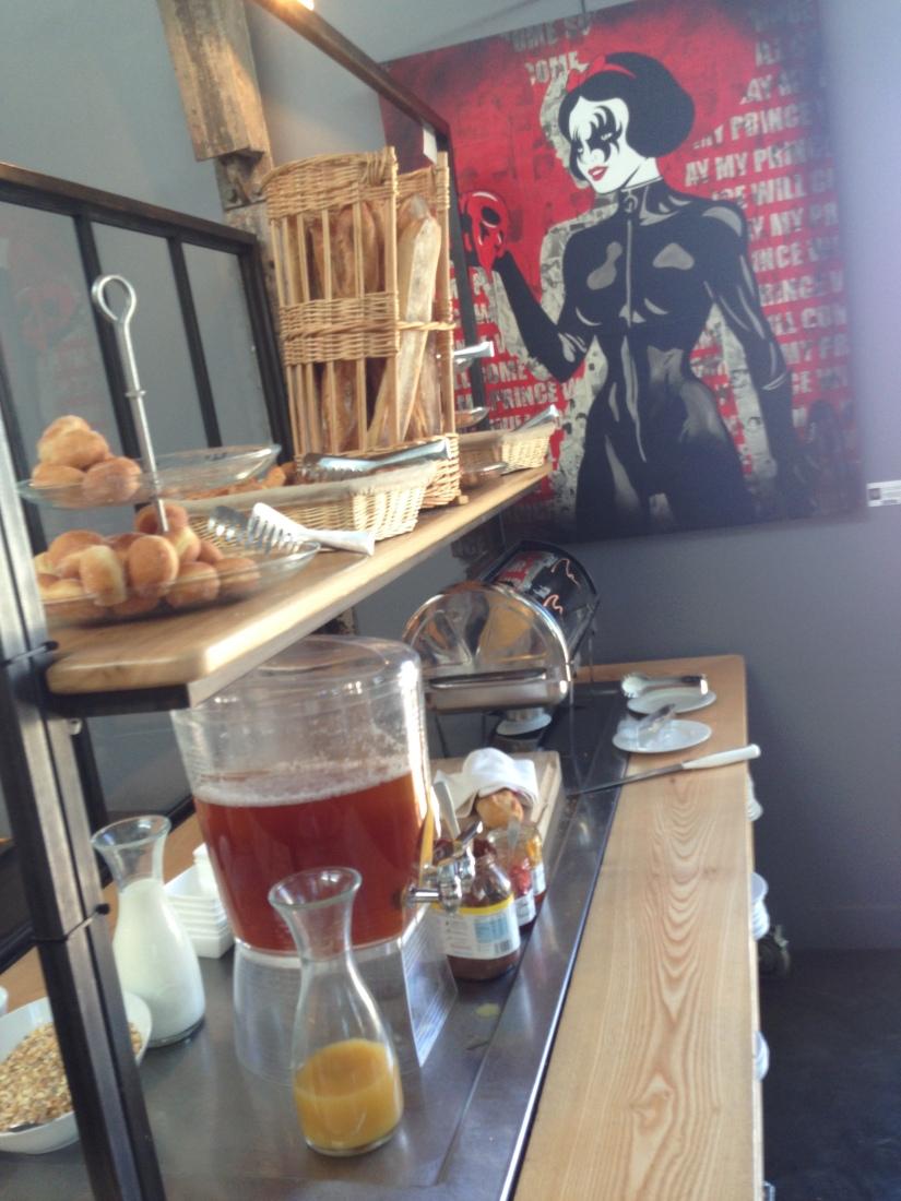 Les-tontons-restaurant-bordeaux-quai-bacalan-marques-pont-brunch-volonte-buffet-bistrot-brasserie-kidsfriendly-terrasse-5