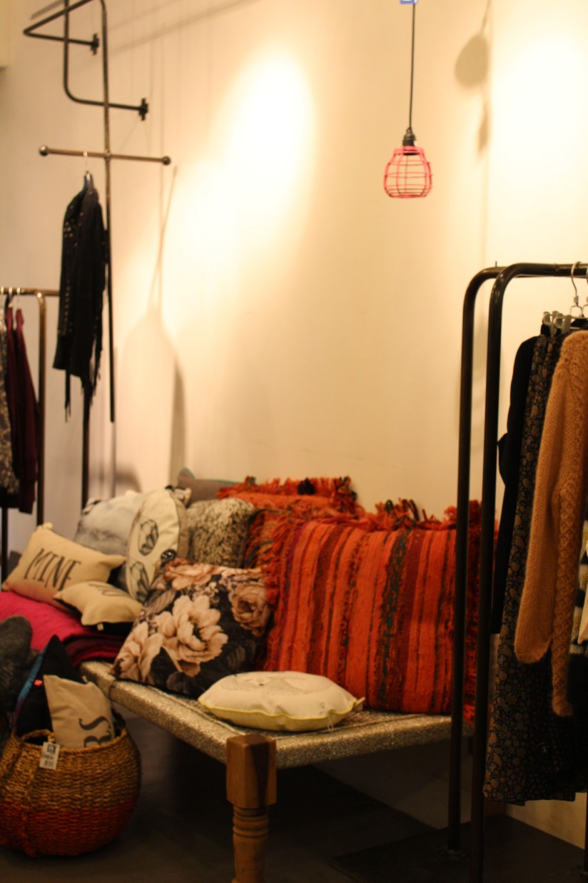 mint-bazar-bordeaux-boutique-deco-vetement-vaisselle-mode-sac-cuir-femme-moderne-tendance-design-collection-1