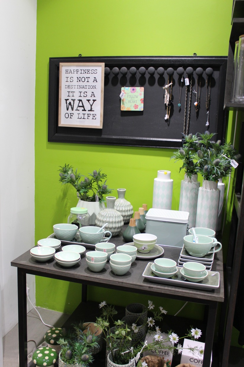 mint-bazar-bordeaux-boutique-deco-vetement-vaisselle-mode-sac-cuir-femme-moderne-tendance-design-collection (5)