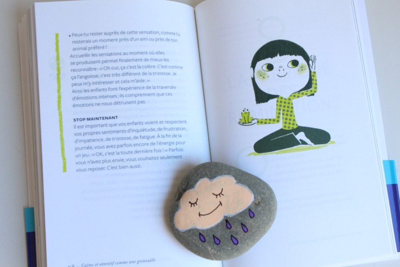 pleine-conscience-enfant-eveil-detente-calme-attentif-detendu-heureux-concentré-nathan-jeunesse-editions-les-arenes-grenouille-yoga-meditation-cd-ecoute-activite-respiration-6