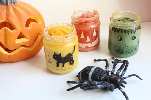 Les effrayants g teaux bocaux pour un halloween gourmand for Deco cuisine halloween