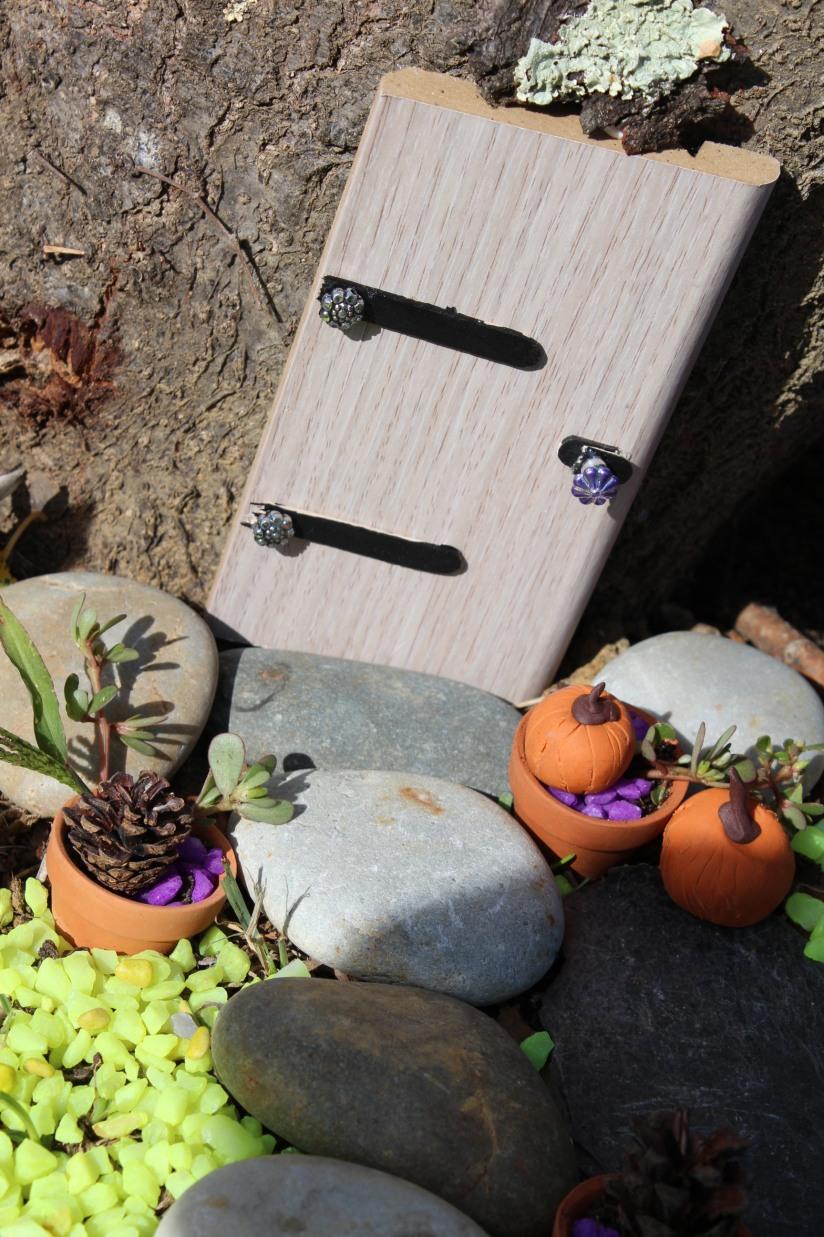 maison-fée-fee-fairy-garden-home-house-porte-jardin-deco-brico-tuto-diy-jeux-activité-enfant-imagination-truffaut-loisir-creatif-figurine-schleich-plante (36)