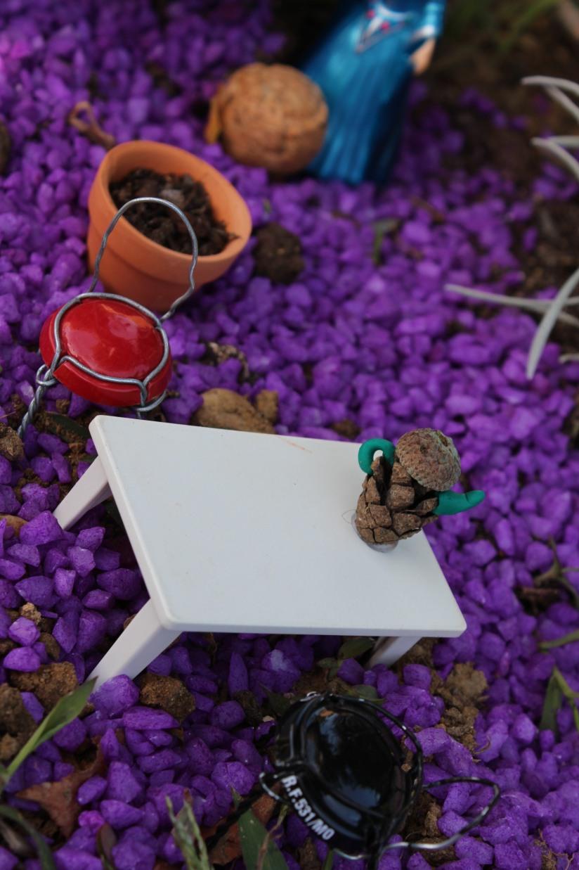 maison-fée-fee-fairy-garden-home-house-porte-jardin-deco-brico-tuto-diy-jeux-activité-enfant-imagination-truffaut-loisir-creatif-figurine-schleich-plante (48)