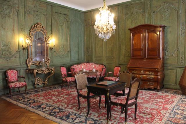 le mus e des arts d coratifs et du design de bordeaux d couverte en famille. Black Bedroom Furniture Sets. Home Design Ideas