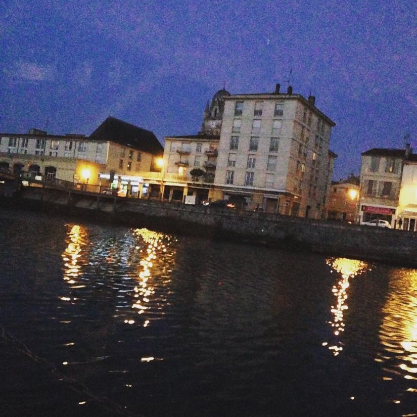 canalous-croisiere-fluviale-charentes-bateau-riviere-navigation-naviguer-famile-cognac-jarnac-saintes-gironde-vacances (13)