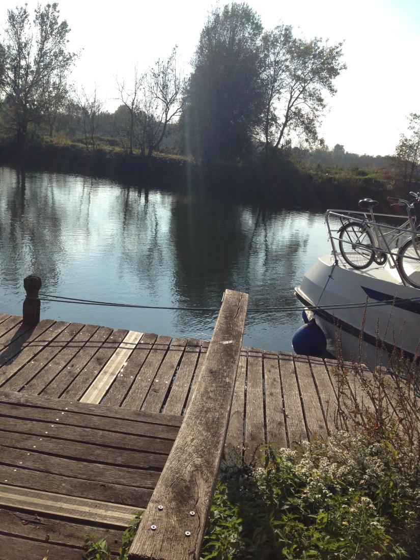 canalous-croisiere-fluviale-charentes-bateau-riviere-navigation-naviguer-famile-cognac-jarnac-saintes-gironde-vacances (21)