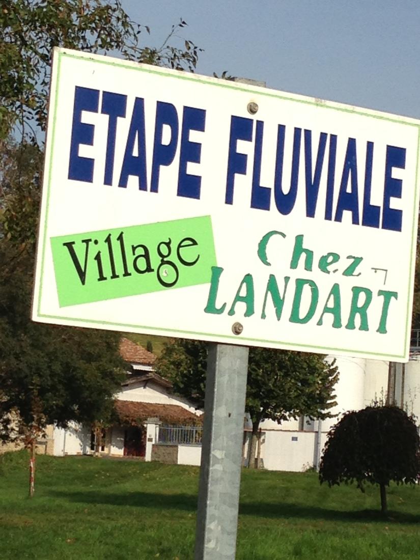 canalous-croisiere-fluviale-charentes-bateau-riviere-navigation-naviguer-famile-cognac-jarnac-saintes-gironde-vacances (24)