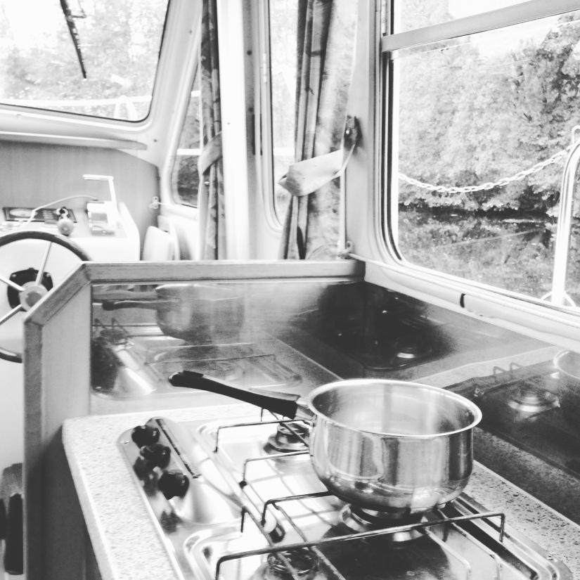 canalous-croisiere-fluviale-charentes-bateau-riviere-navigation-naviguer-famile-cognac-jarnac-saintes-gironde-vacances (36)
