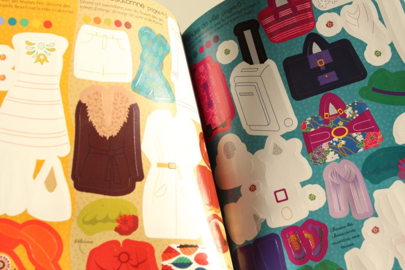 dessin-coloriage-mode-styliste-fille-passion-mannequin-model-habillage-habits-poupee-personnages-jeux-activité-noel-anniversaire-idee-cadeau-offrir-usborne (7)