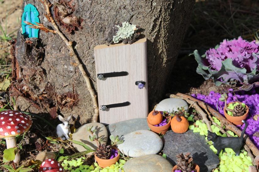 maison-fée-fee-fairy-garden-home-house-porte-jardin-deco-brico-tuto-diy-jeux-activité-enfant-imagination-truffaut-loisir-creatif-figurine-schleich-plante (67)