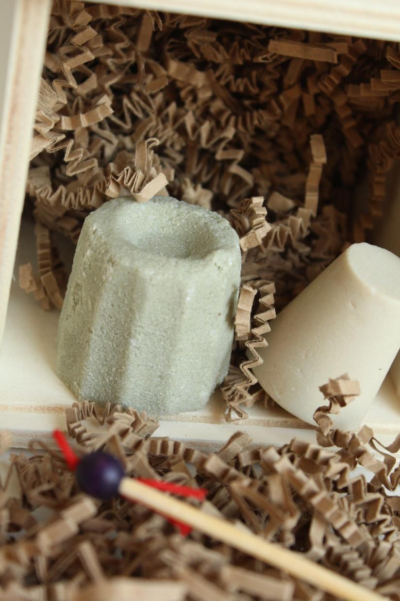 lamazuna-zero-dechet-coffret-produit-cosmetique-hygiene-beauté-solide-shampooing-deodorant-dentifrice-lingette-demaquillante-lavable-ecolo-eco-durable-reutilisable-oriculi-coton-tige-orei (5)
