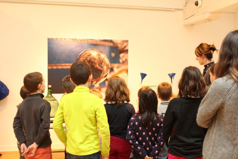 madd-bordeaux-musee-arts-decoratifs-design-octave-degaille-civiliser-espace-enfant-atelier-decoupage-visite-explication-ludique-pedagogique (8)