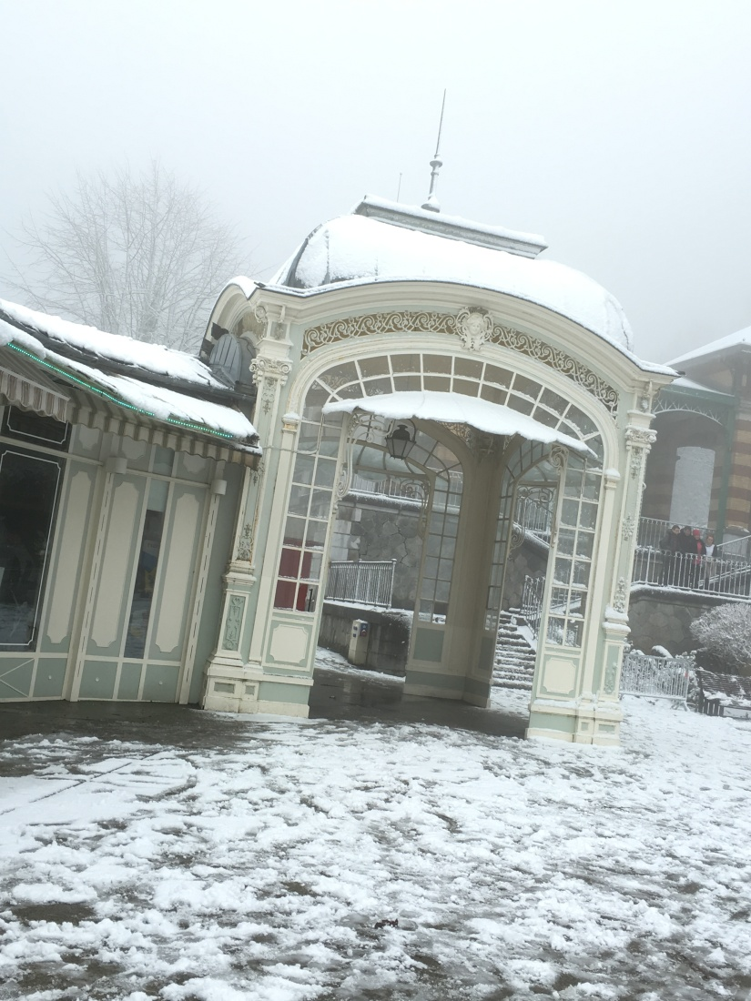 cauterets-pyrennees-ski-station-montagne-enfant-famille-week-end-sortie-loisirs-neige-decouverte-lieux-restaurants-balade-village-npy (3)