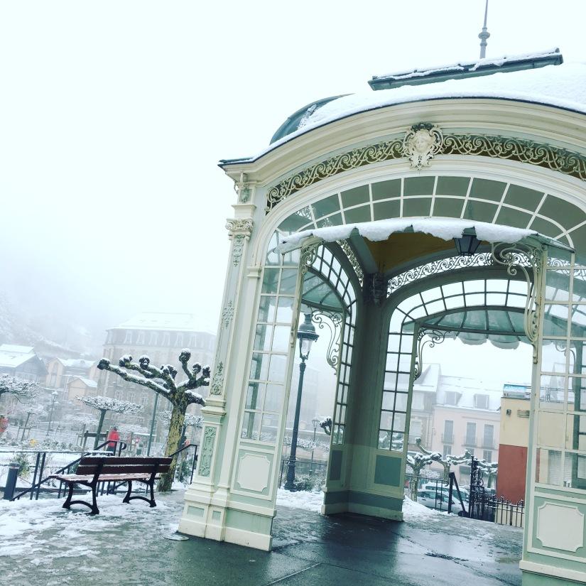 cauterets-pyrennees-ski-station-montagne-enfant-famille-week-end-sortie-loisirs-neige-decouverte-lieux-restaurants-balade-village-npy (6)