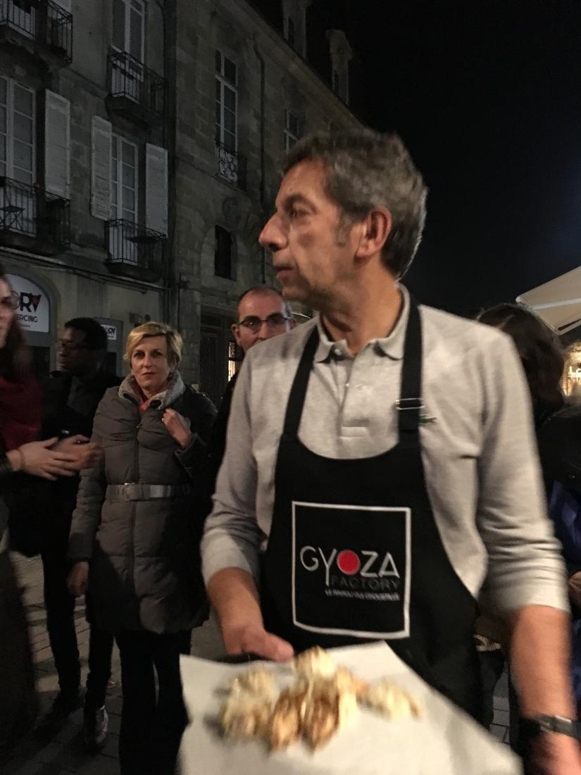 gyoza-factory-japonais-bordeaux-ville-cuisine-take-away-emporter-raviolis-original-recette-canard-classique-michel-cymes-ouverture (6)